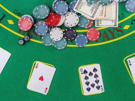 10 Reasons to Play Live Online Blackjack Now!
